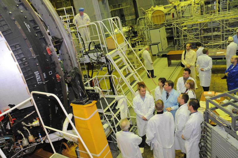 Занятия космонавтов на многоцелевом лабораторном модуле_02