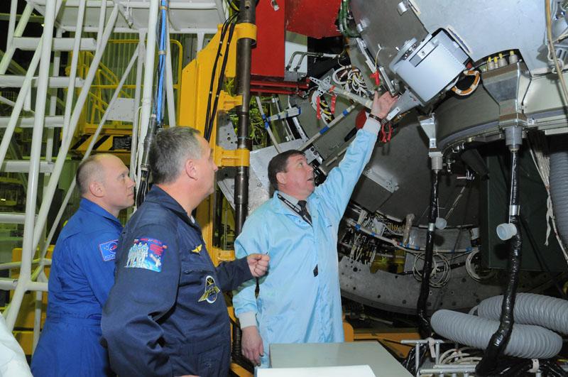 Занятия космонавтов на многоцелевом лабораторном модуле_20