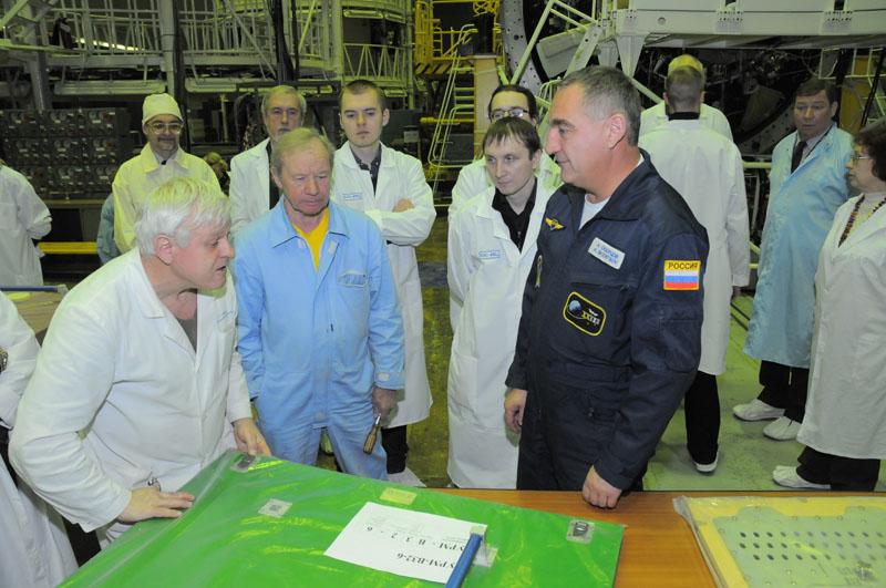 Занятия космонавтов на многоцелевом лабораторном модуле_24
