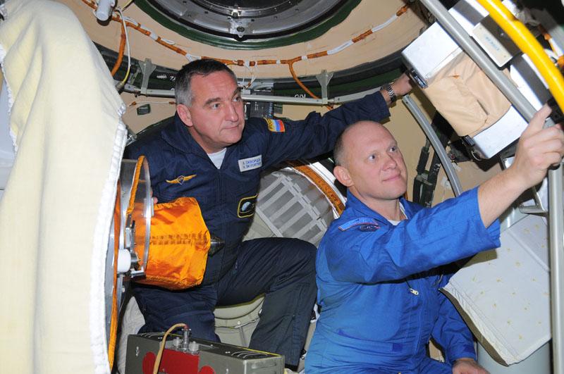 Занятия космонавтов на многоцелевом лабораторном модуле_26