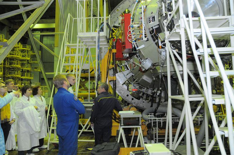 Занятия космонавтов на многоцелевом лабораторном модуле_30