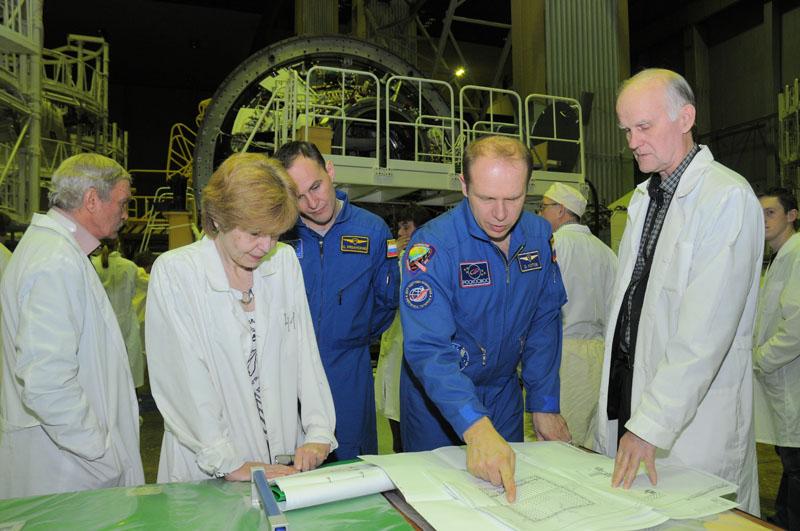 Занятия космонавтов на многоцелевом лабораторном модуле_36
