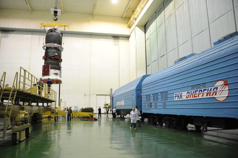 ТГК Прогресс М-19М доставлен в МИК_06