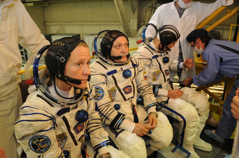 Заключительный этап подготовки экипажа ТПК Союз ТМА-09М_23