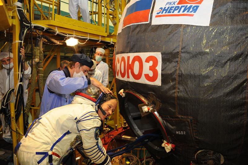 Заключительный этап подготовки экипажа ТПК Союз ТМА-09М_24