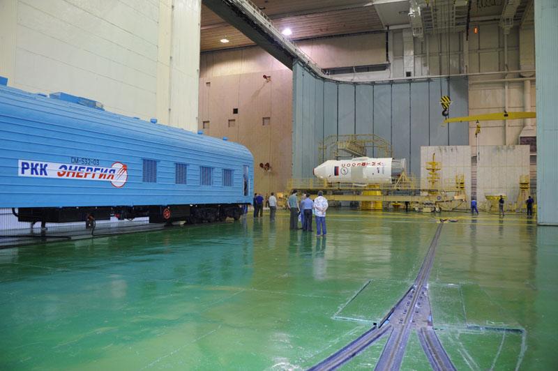 Подготовка РН Союз-ФГ с ТПК Союз ТМА-09М_01